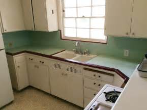 Small Kitchen Refrigerator by Create A 1940s Style Kitchen Pam S Design Tips Formula