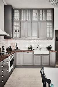 7 interior decor trends for 2018 that will make you go wow With kitchen cabinet trends 2018 combined with walle art