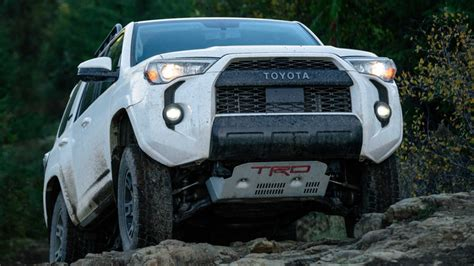 toyota runner preview pricing release date