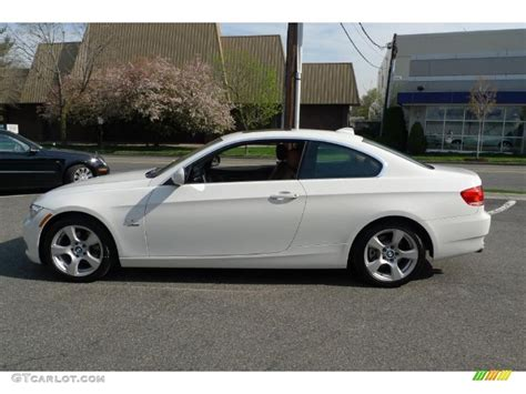 2010 Bmw 328i Coupe by Alpine White 2010 Bmw 3 Series 328i Xdrive Coupe Exterior