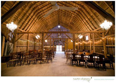 Barn Wedding Venues : The Barns Of Lost Creek, Wisconsin Barn Weddings