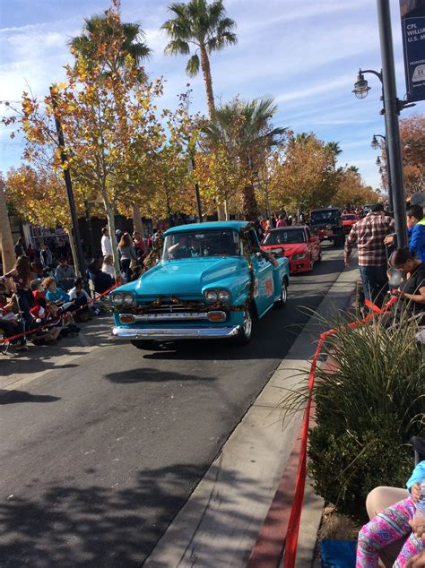 parade delcambre christmas boat chevy dhs 5k cross country