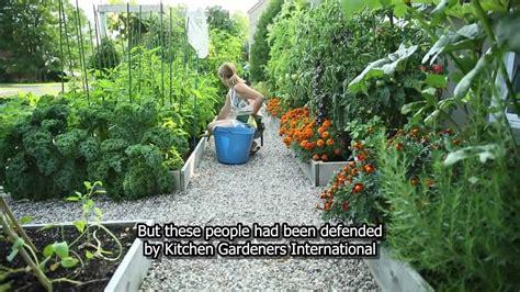 kitchen planner free drummondville 39 s front yard vegetable garden