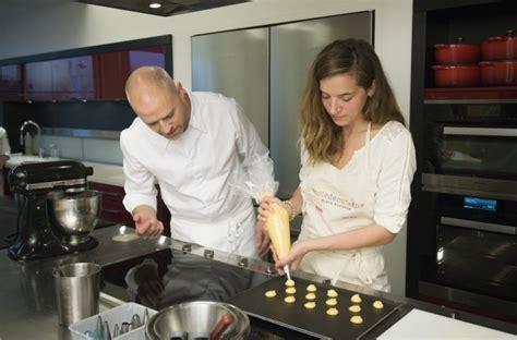 cours cuisine ducasse cours cuisine alain ducasse version loisirs idées et activités comité entreprise