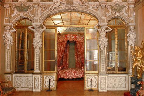 chambre hotel b b le palais lascaris chambre d 39 apparat au fond un