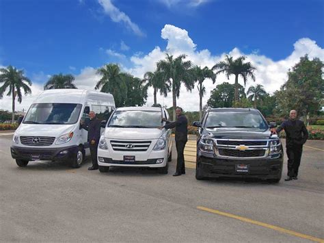 Airport Limo Transfer by Airport Limo Transfers And Shuttles Services Prestige