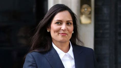 Home Secretary Priti Patel to introduce 'vindaloo visas ...
