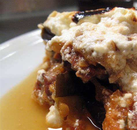 cuisine grecque moussaka recette grecque moussaka à l 39 agneau et à la feta savoureuse