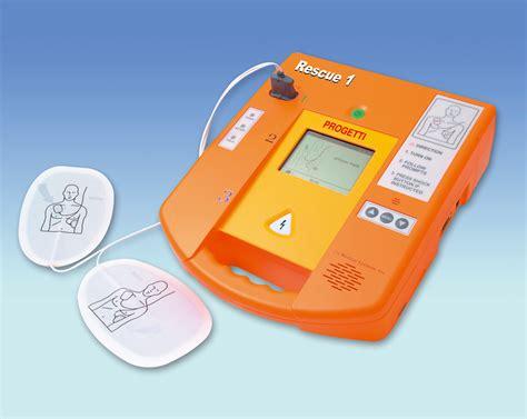 canapé espagnol defibrillatori obbligatori negli impianti sportivi della