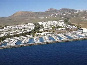 Puerto Calero - Lanzarote and Fuerteventura wedding planners