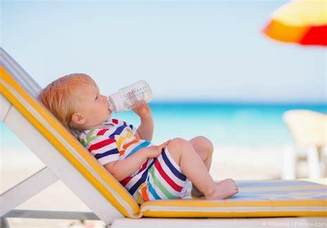 castle siege auto conseil préparer les premières vacances avec bébé sur