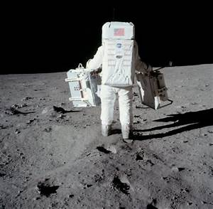 NASA Just Released 10,000+ Apollo Photos To Tackle The ...