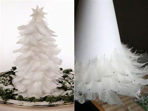 weihnachtsbaum federn weihnachtlich dekorieren mit diy weihnachtsb 228 umen freshouse