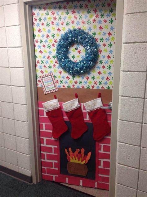 cool christmas door decorations littlepieceofme