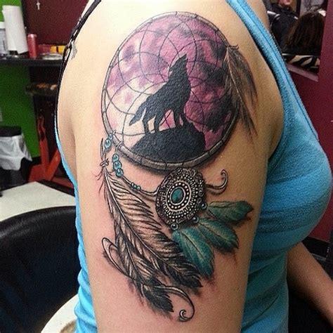 tatouage attrape reve  designs mysterieux  leurs