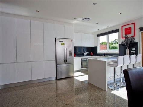 interior fittings for kitchen cupboards these floor to ceiling cupboards are what i want for