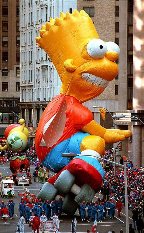 relive  scariest macys thanksgiving day parade floats