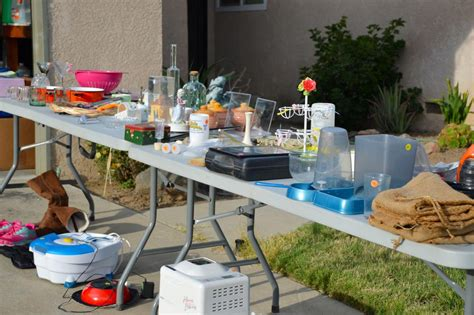 Professional Tips To Market Your Yard Sale Money