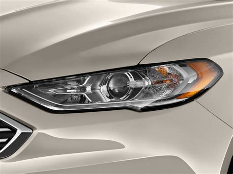 image 2017 ford fusion se fwd headlight size 1024 x 768