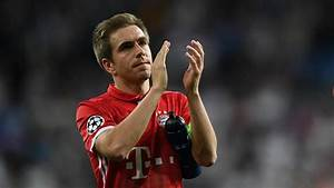 Lahm gets trophy in Bundesliga farewell | : The World Game