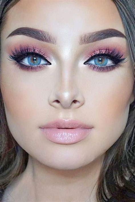 pink eye makeup     season