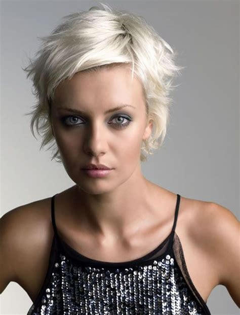 Pixie Hairstyle by Pixie Hairstyles And Haircuts For 2017 How To Choose The