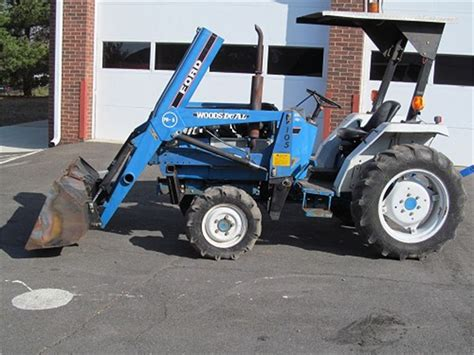 Ford 1720 Compact Tractor with Loader for Auction   Municibid