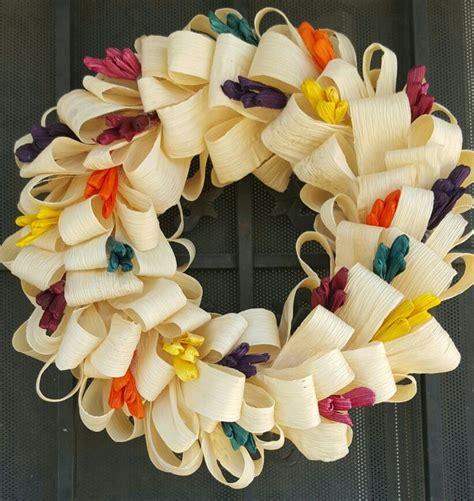 corona hecha  hoja de maiz flores  hojas de maiz