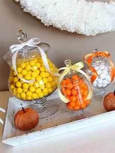 Deco Halloween Diy : easy halloween party decorations you can make for about 5 diy ~ Preciouscoupons.com Idées de Décoration