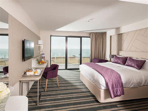chambre hote cabourg hôtel les bains de cabourg 4 étoiles dans le calvados