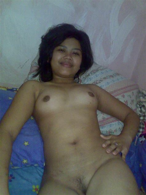 Young Indonesian girl naked self photos leaked