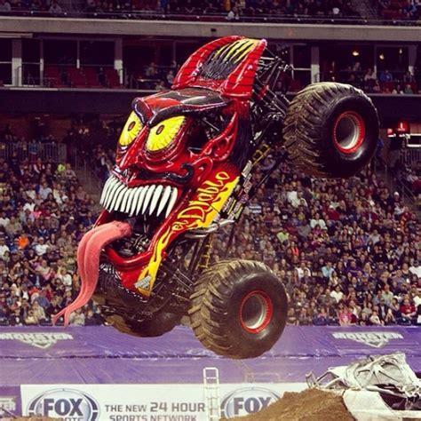 monster truck jam com ticket alert monster jam brings monster truck action to
