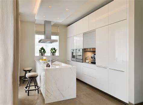 high gloss kitchen cabinets Kitchen Modern with beige