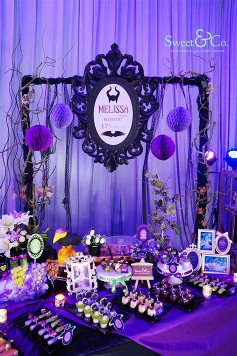 Whether you're talking architecture, interior design, furniture or decor, a touch of art deco goes a long way. Table idea | Maleficent birthday party, Disney descendants party, Maleficent party