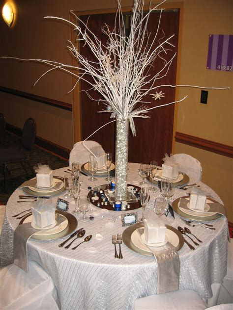 winter wonderland table decor   winter wonderland
