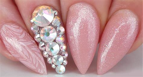 Nail Art For Wedding Ideas : Bridal Nail Art Pictures And Ideas