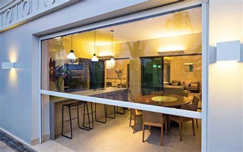 tende in pvc trasparente prezzi tenda cristal trasparente con guide per verande e chioschi