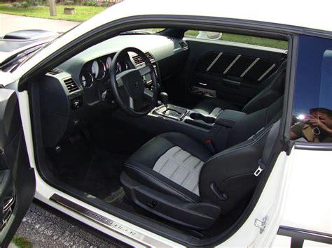 dodge challenger custom interior 2009 dodge challenger r t custom 2 door hardtop 125841