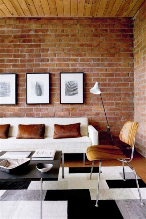 le salon en brique rouge stylise en  exemples  vous faire partager