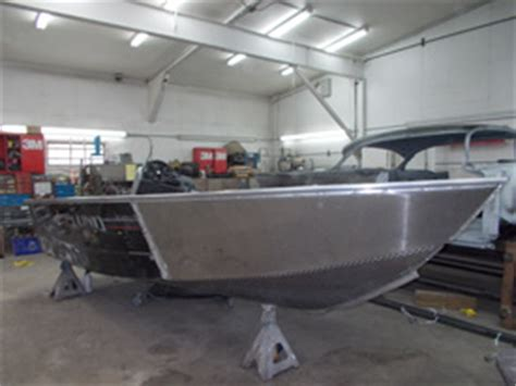 How To Resurface A Fiberglass Boat by Mn Fiberglass Repair Boat Repair Mn Minnesota Boat Repair