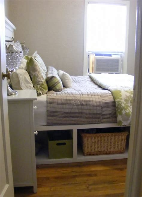 Diy Headboard Footboard by Storage Headboard And Footboard 7 Diy Storage Ideas For