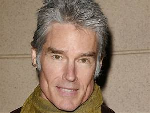 Ronn Moss 2018: Wife, tattoos, smoking & body facts - Taddlr