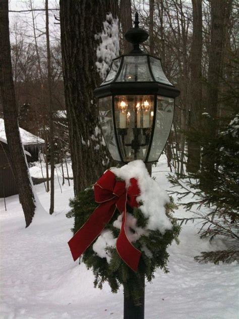 pretty lamp post holiday decorations pinterest
