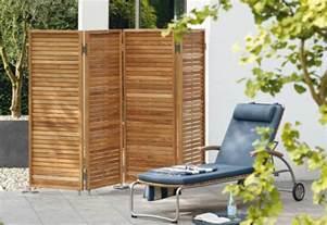 holz sichtschutz balkon terrassen sichtschutz tolle ideen für diese praktische deko