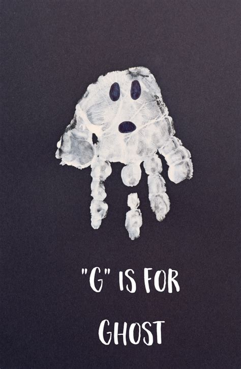 letter g ghost handprint for preschoolers 638 | ghost 2 669x1024