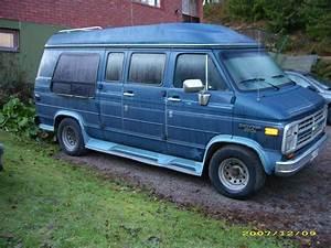1990 Chevrolet Chevy Van - Pictures