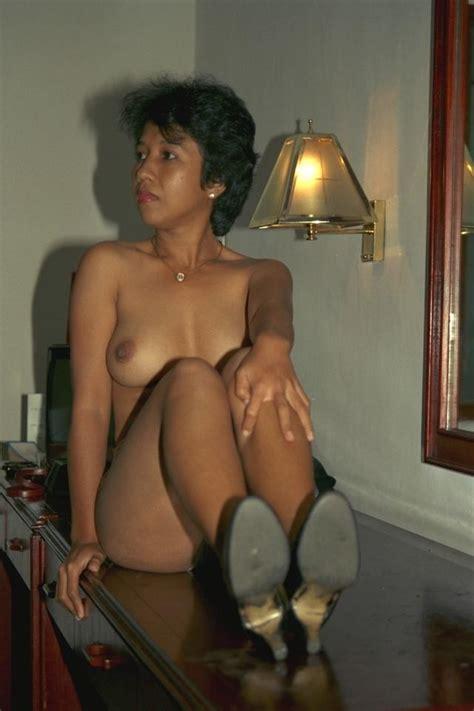 Indonesian Amateur Nudes