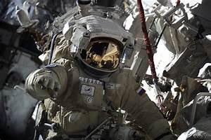 Astronaut Roscosmos Russia wallpaper | 4256x2832 | 220480 ...
