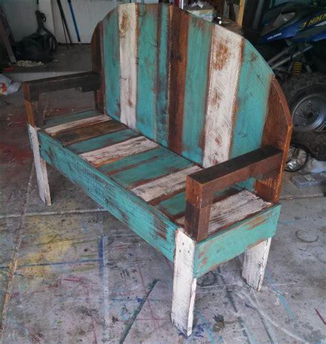 Chaise Haute D 39 Exterieur En Palette 21 Idées De Bancs Et Chaises En Palette Bois Le