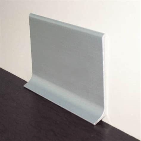 plinthe alu cuisine plinthe 10 cm de hauteur plinthe en pvc plinthe alu